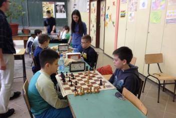 Шах. Александра, Ален и Алекса иду на републичко такмичење.